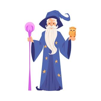 Stary czarnoksiężnik w szacie i kapeluszu stoi w stylu cartoon pracowników i sowy