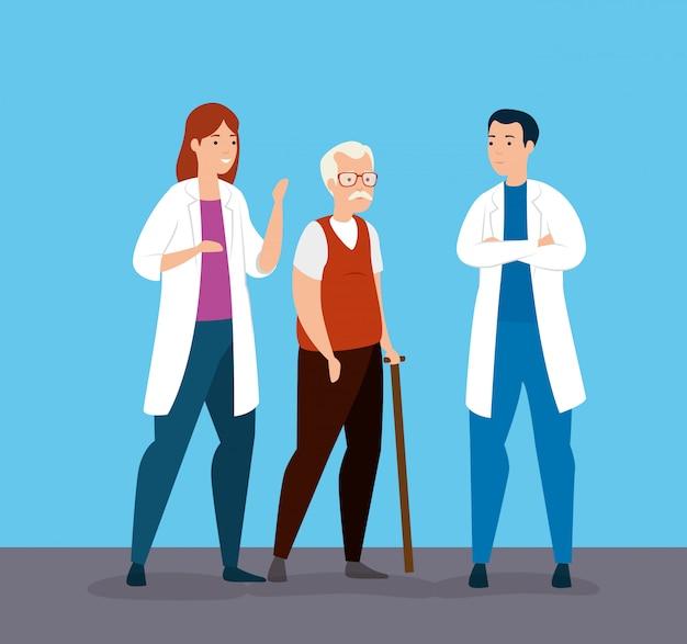 Stary człowiek mówi o grupowych lekarzach