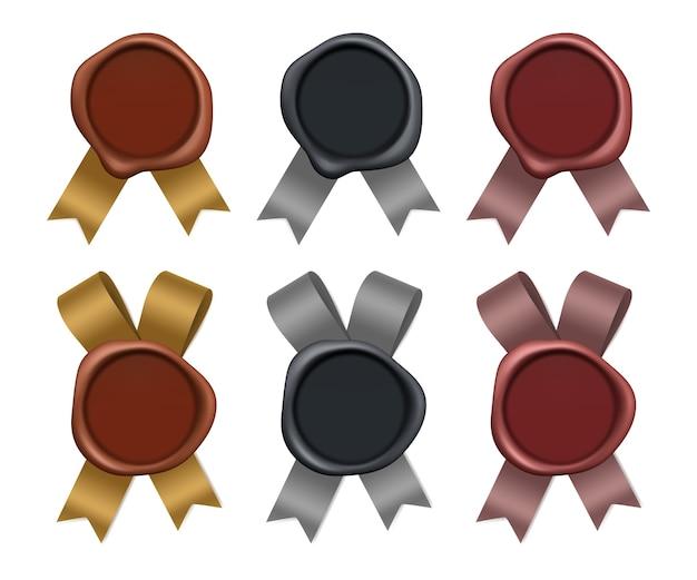 Stemple woskowe. elementy znaczków pocztowych ze złota, srebra i brązu z jedwabnymi wstążkami, poufna pusta ilustracja znaku gwarancyjnego