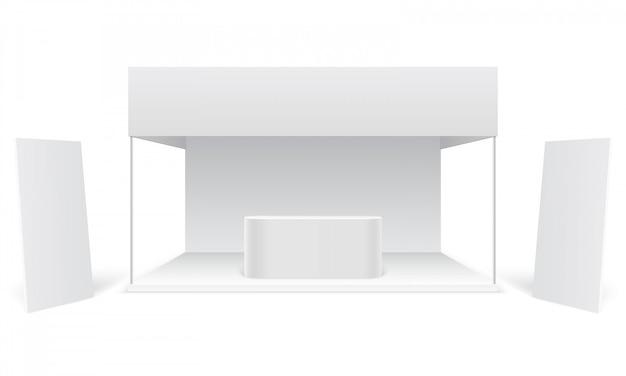 Stoisko wystawiennicze na imprezy. biała promocyjna kabina reklamowa, stojące puste banery reklamowe.