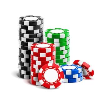 Stos realistycznych pustych żetonów do kasyna