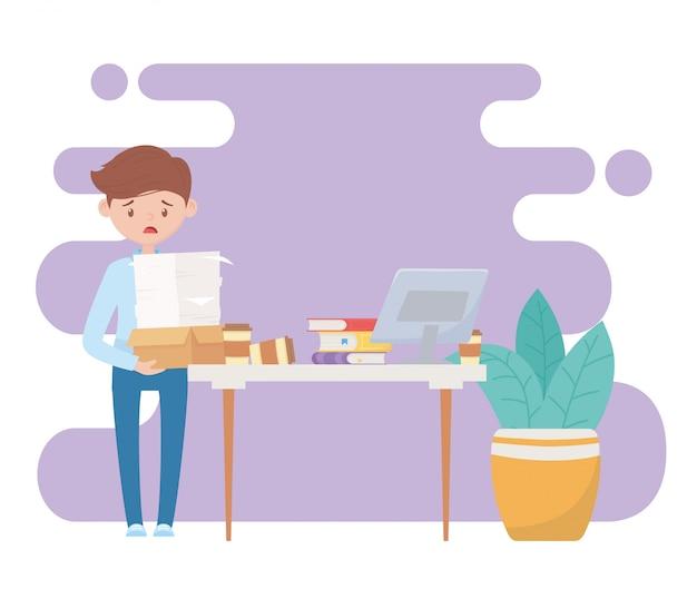 Stres w pracy, sfrustrowany pracownik z wieloma biurkami z książkami na laptopa