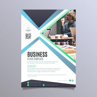 Streszczenie biznes ulotki ze zdjęciem