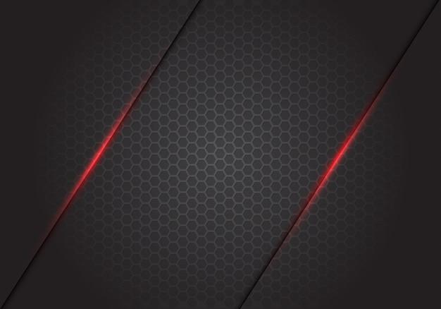 Streszczenie czerwone światło linii cięcia na ciemnym szarym tle siatki sześciokątnej.