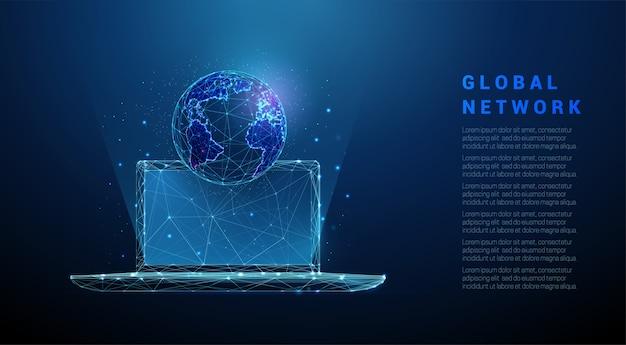 Streszczenie laptop z planety ziemia. projekt w stylu low poly. niebieskie tło geometryczne. struktura połączenia światła szkieletowego.