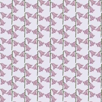 Streszczenie naturalny kreatywnych bezszwowe wzór z bladymi odcieniami fioletowych kwiatów dzwon kształtów. pastelowe niebieskie tło. płaski nadruk wektorowy na tekstylia, tkaniny, opakowania na prezenty, tapety. niekończąca się ilustracja.