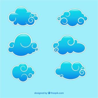 Streszczenie niebieskie chmury