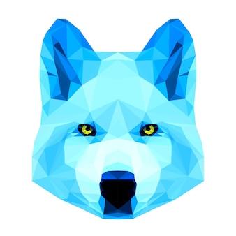 Streszczenie wielokątny trójkąt geometryczny jasny niebieski portret wilka na białym tle do wykorzystania w projektowaniu