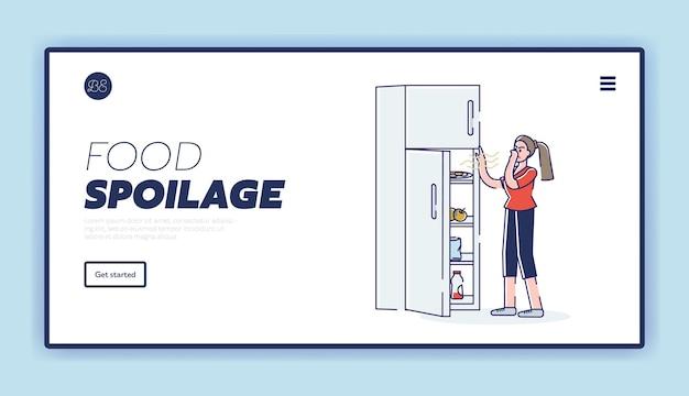 Strona docelowa psucia się żywności z kobietą otwierającą lodówkę z zepsutymi zakończonymi śmierdzącymi produktami
