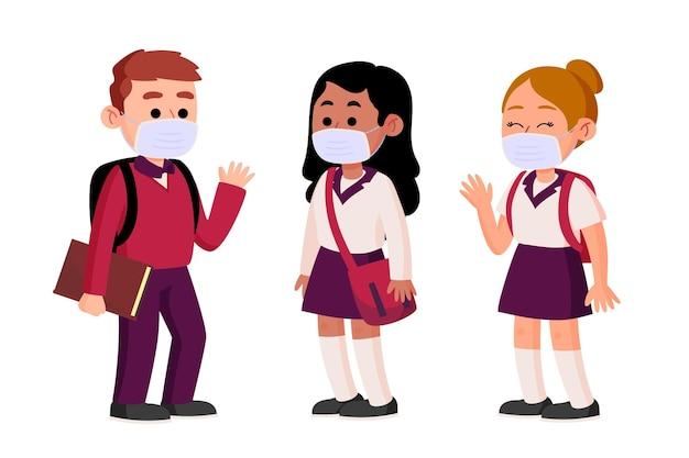 Studenci w maskach na twarz