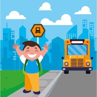 Studencka chłopiec przy autobusową przerwą z tła miastem