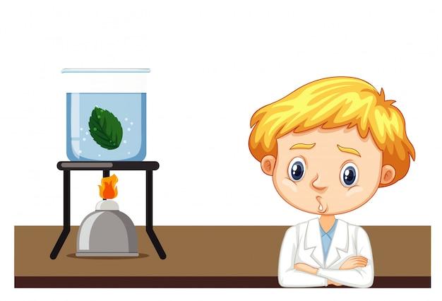 Student informatyki robi eksperyment na liściu