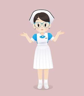 Studentka pielęgniarstwa w niebiesko-białym mundurku stoi na różowym tle