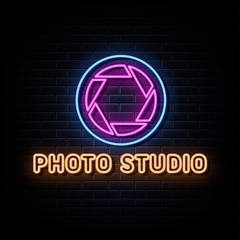 Studio fotograficzne neon logo znak tekst wektor