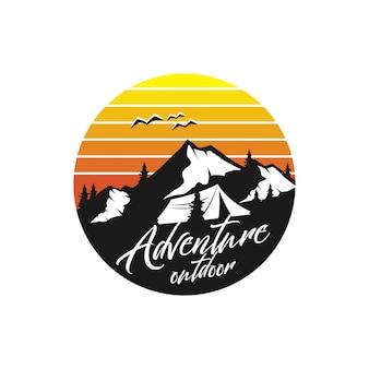 Styl monogram rocznika logo górskie - dzikie zwierzęta