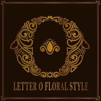 Styl vintage letter o kwiatowy wzór
