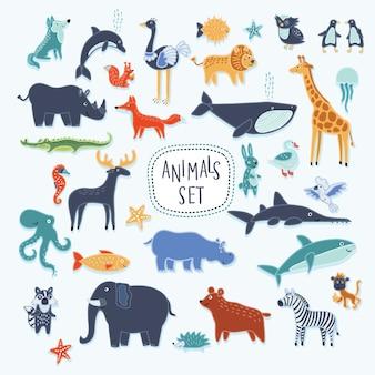 Super zestaw ilustracji kreskówek uśmiechniętych uroczych zwierzątek
