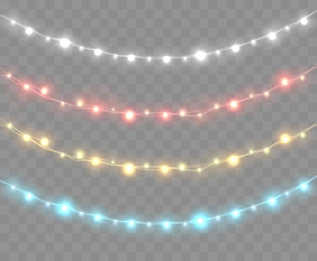 Świąteczne lampki na przezroczystym tle jasny świąteczny wianek wektor świecące żarówki na drutach zestaw kolorowych girland