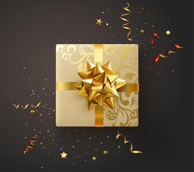Świąteczny nowy rok lub plakat urodzinowy ze złotym pudełkiem prezentowym z kokardą i konfetti