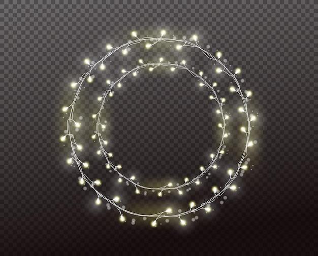 Świecące lampki choinkowe wieniec. świąteczne girlandy świąteczne.