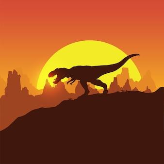 Sylwetka dinozaura trex chodzącego o zachodzie słońca