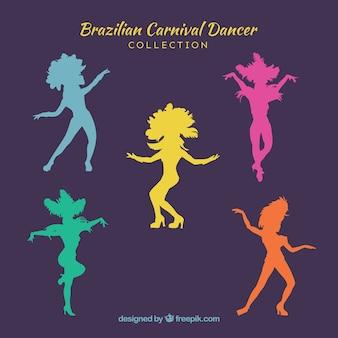 Sylwetki brazylijskich tancerzy karnawałowych