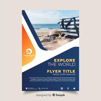 Szablon broszury podróży ze zdjęciem