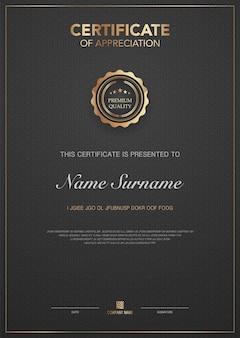 Szablon certyfikatu dyplomu w kolorze czarnym i złotym z luksusowym i nowoczesnym obrazem wektorowym
