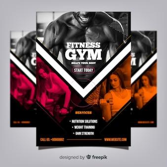 Szablon flyer klubu siłownia ze zdjęciem