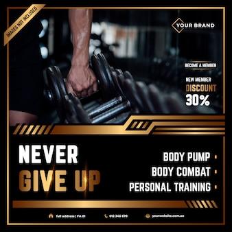 Szablon flyer kwadrat z motywem fitness i siłowni