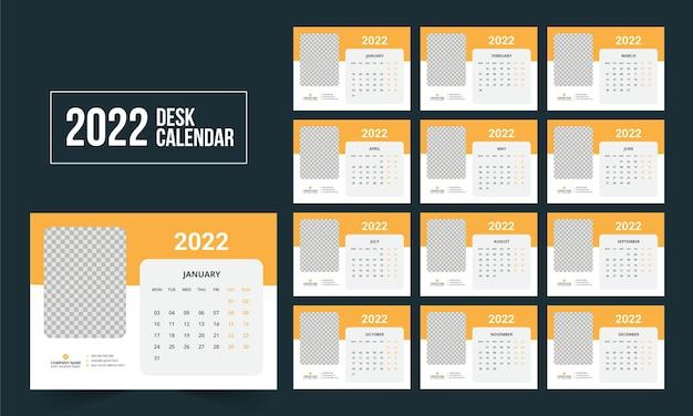 Szablon kalendarza biurkowego 2022