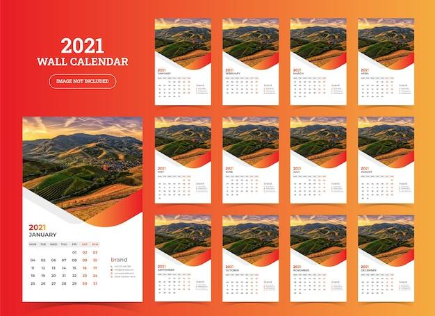 Szablon kalendarza ściennego 2021