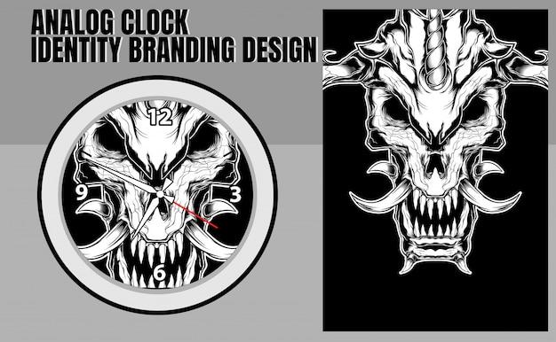 Szablon koło analogowy zegar ścienny z czaszką na białym tle