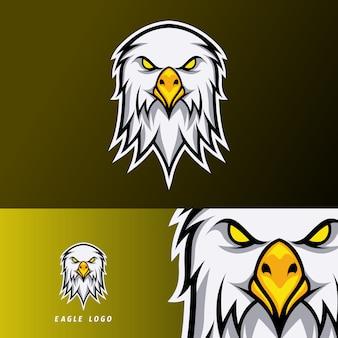 Szablon logo e-sport eagle z białym futrem i pomarańczowym dziobem