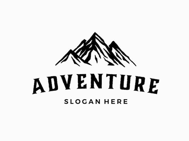 Szablon logo górskiej przygody na świeżym powietrzu