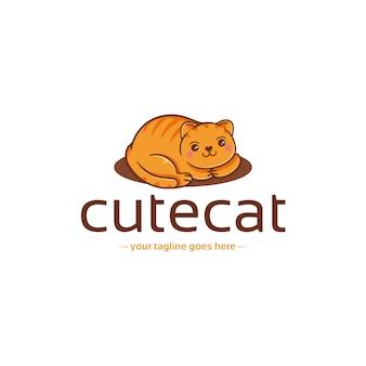 Szablon logo ładny kot kawaii