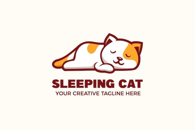 Szablon Logo Maskotka śpiącego Kota Premium Wektorów