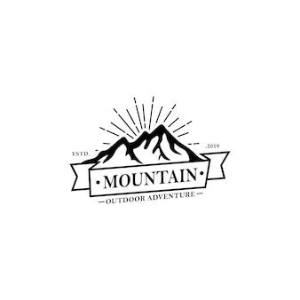 Szablon logo vintage górskich