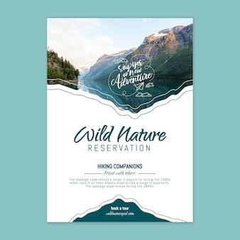 Szablon Plakatu Dzikiej Przyrody Ze Zdjęciem Darmowych Wektorów