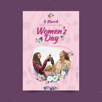 Szablon plakatu pionowego międzynarodowego dnia kobiet z kobietami i kwiatami