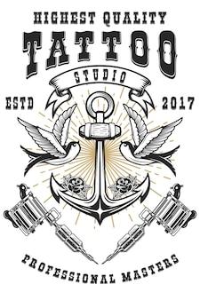 Szablon plakatu studio tatuażu. maszyny do tatuażu skrzyżowane, kotwica z jaskółkami. do plakatów, druku, kart, banerów. wizerunek