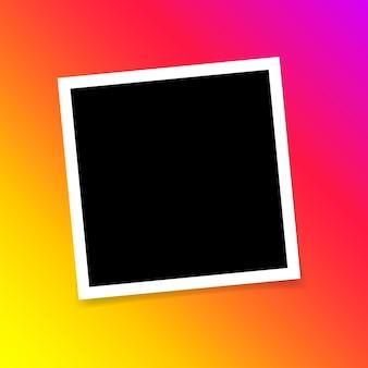 Szablon projektu fotograficznego ramka na zdjęcia na taśmie klejącej na przezroczystym tle