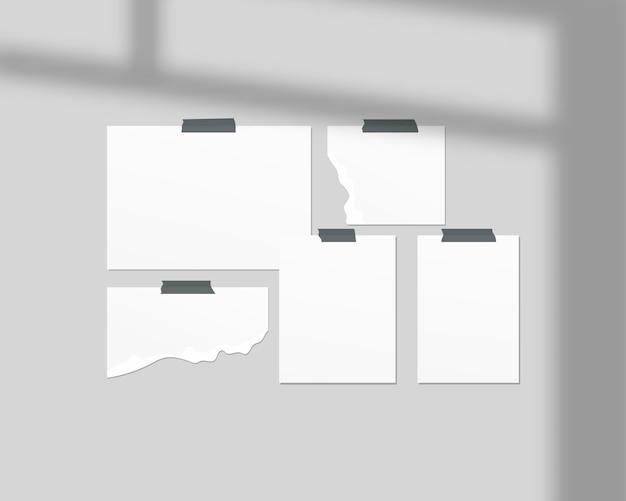 Szablon tablicy nastroju. puste arkusze białego papieru na ścianie. tablica nastrojów z nakładką cienia. projekt szablonu