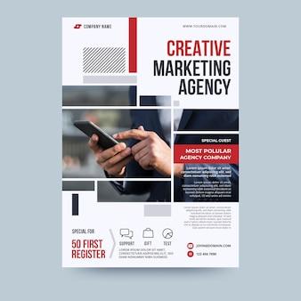 Szablon ulotki biznesowej agencji marketingu kreatywnego
