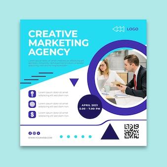 Szablon ulotki kwadratowej agencji marketingowej