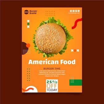 Szablon ulotki pionowej amerykańskiej żywności z burgerem