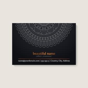 Szablon wizytówki z etnicznym mandali