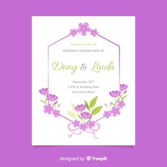 Szablon zaproszenia ślubne fioletowy kwiatowy w płaska konstrukcja
