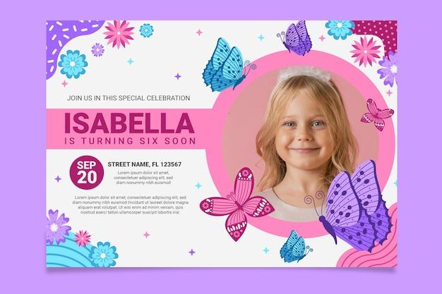 Szablon zaproszenia urodzinowego motyla ze zdjęciem