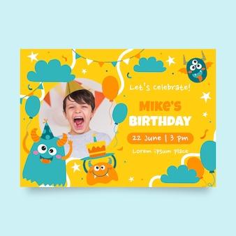Szablon zaproszenia urodzinowego potwora ze zdjęciem